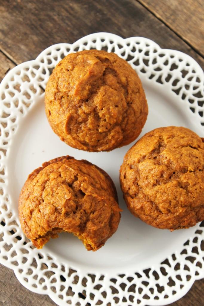 pumpkin-muffins-2-683x1024