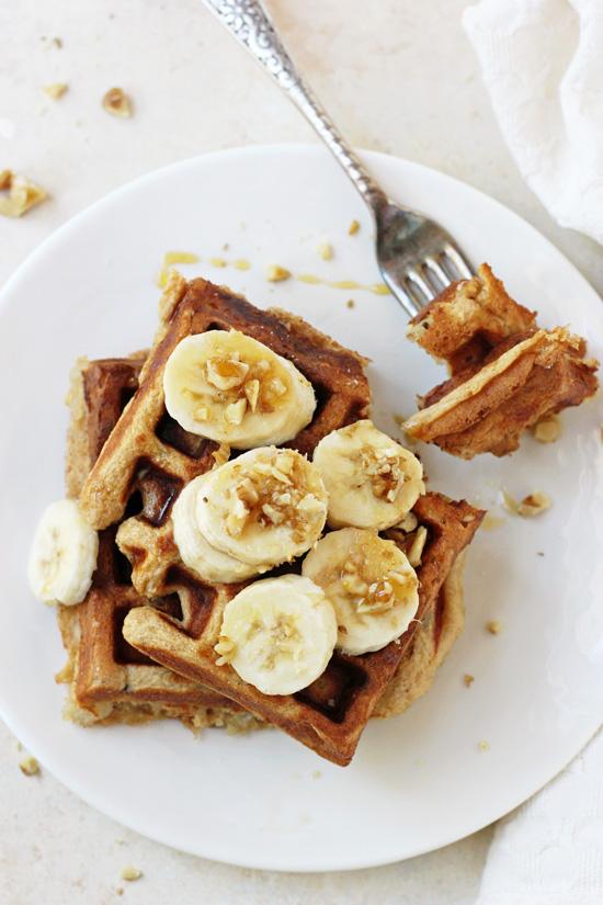 Healthy_banana_walnut_waffles3